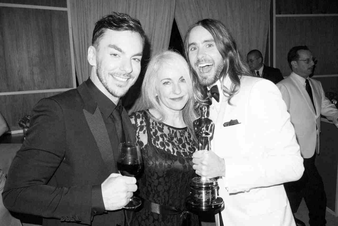 Jared Leto with his Academy Award, Shannon Leto and mom, Constance Leto